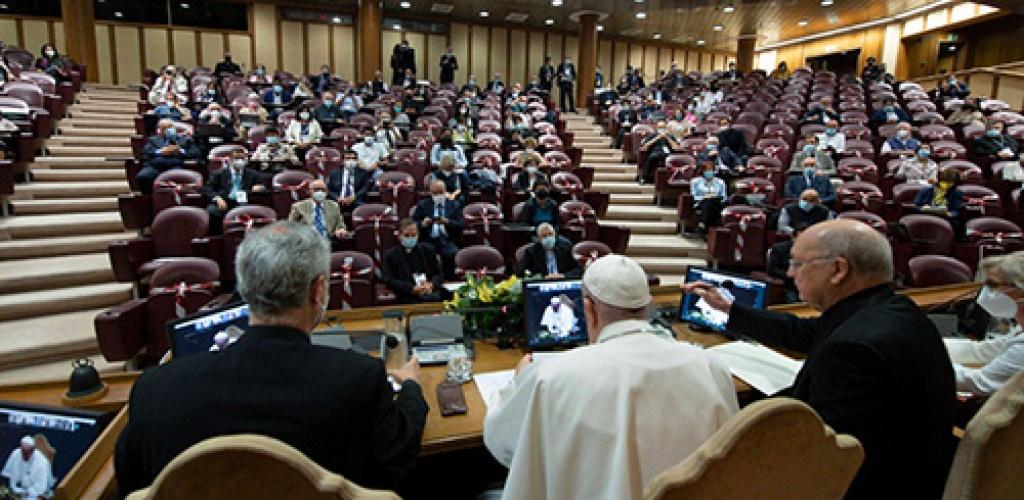 Popiežius bažnytinių judėjimų vadovams: nesame gautų dovanų savininkai